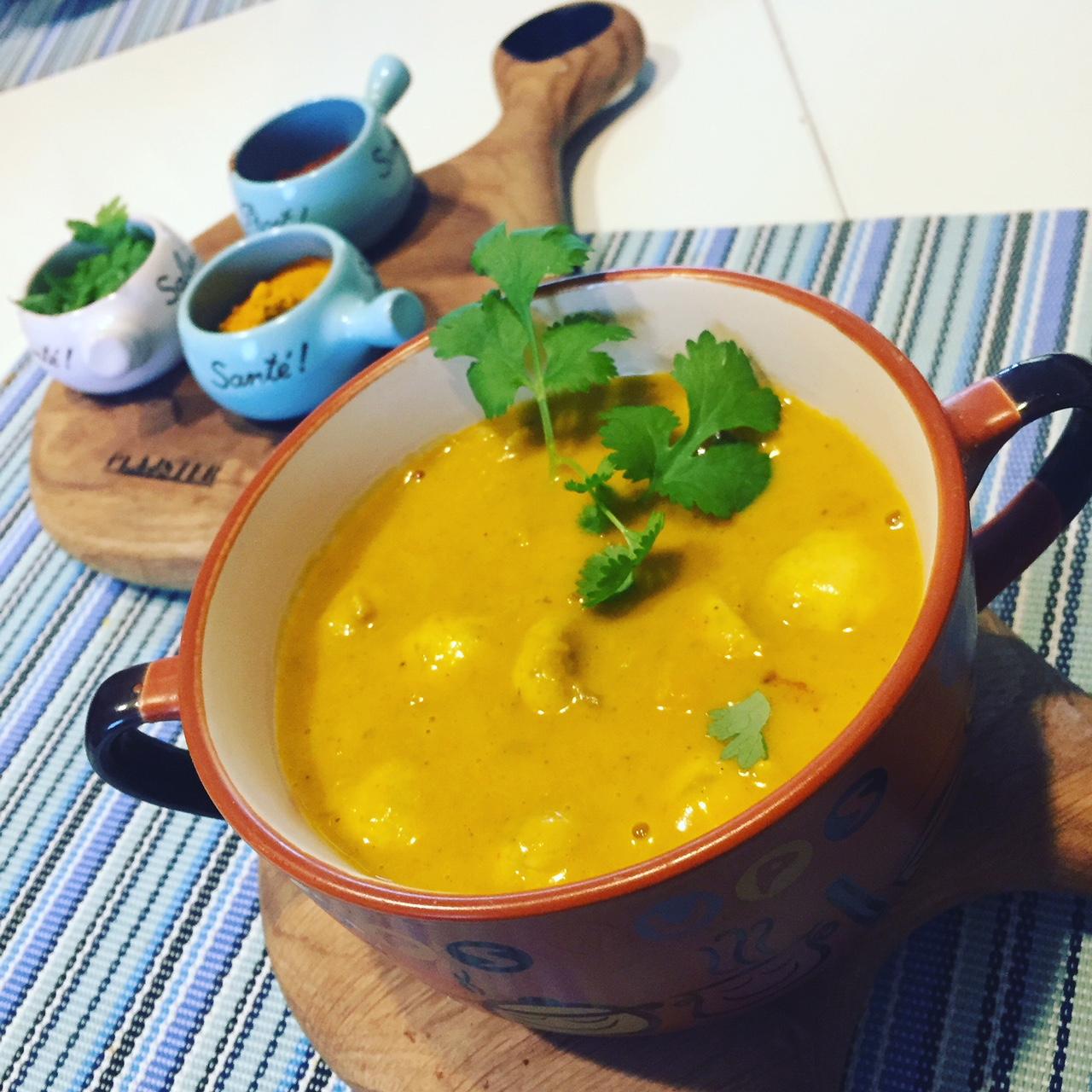 Dyniowe curry z pieczarkami i kolendrą