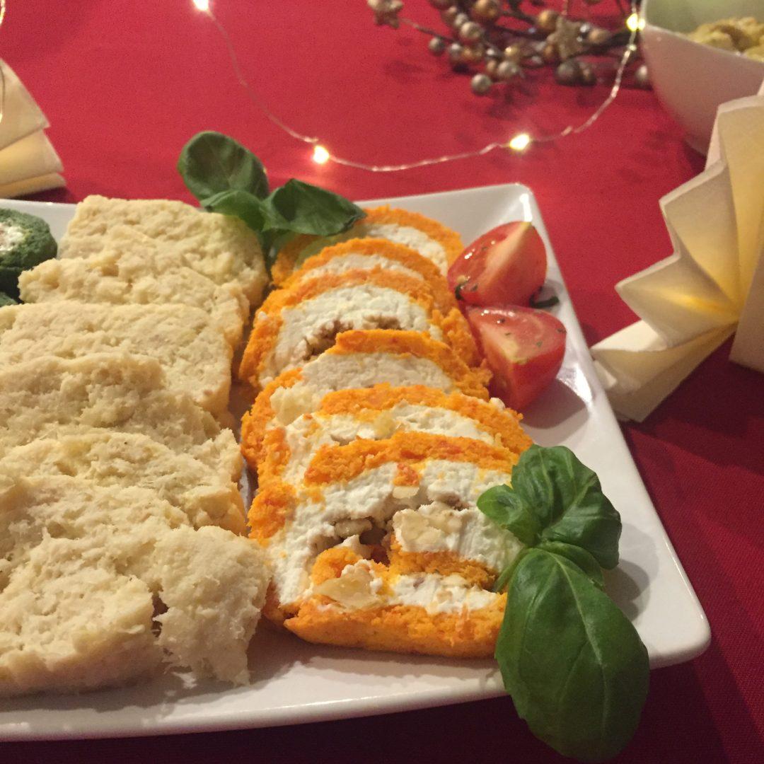 paprykowa rolada z serem kozim i orzechami włoskimi