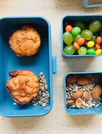 muffinki z kukurydzą, szynką i cebulką
