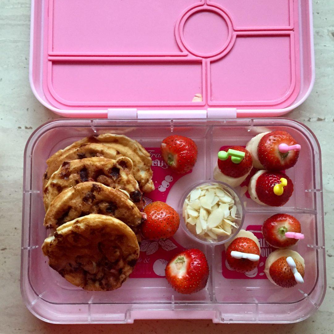 lunchbox do szkoły placki z serka wiejskiego z truskawkami thermomix przepisy