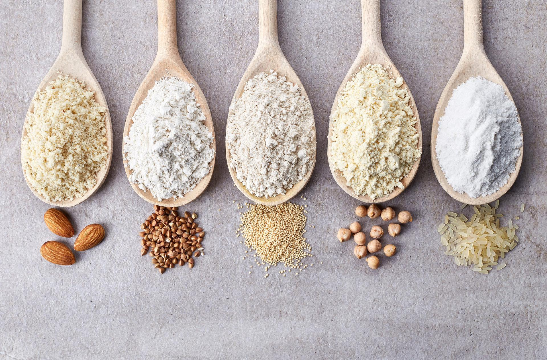 Chleb bez glutenu - biały i ciemny - bezglutenowe mieszanki mąk - jak mieszać, żeby wyszło.