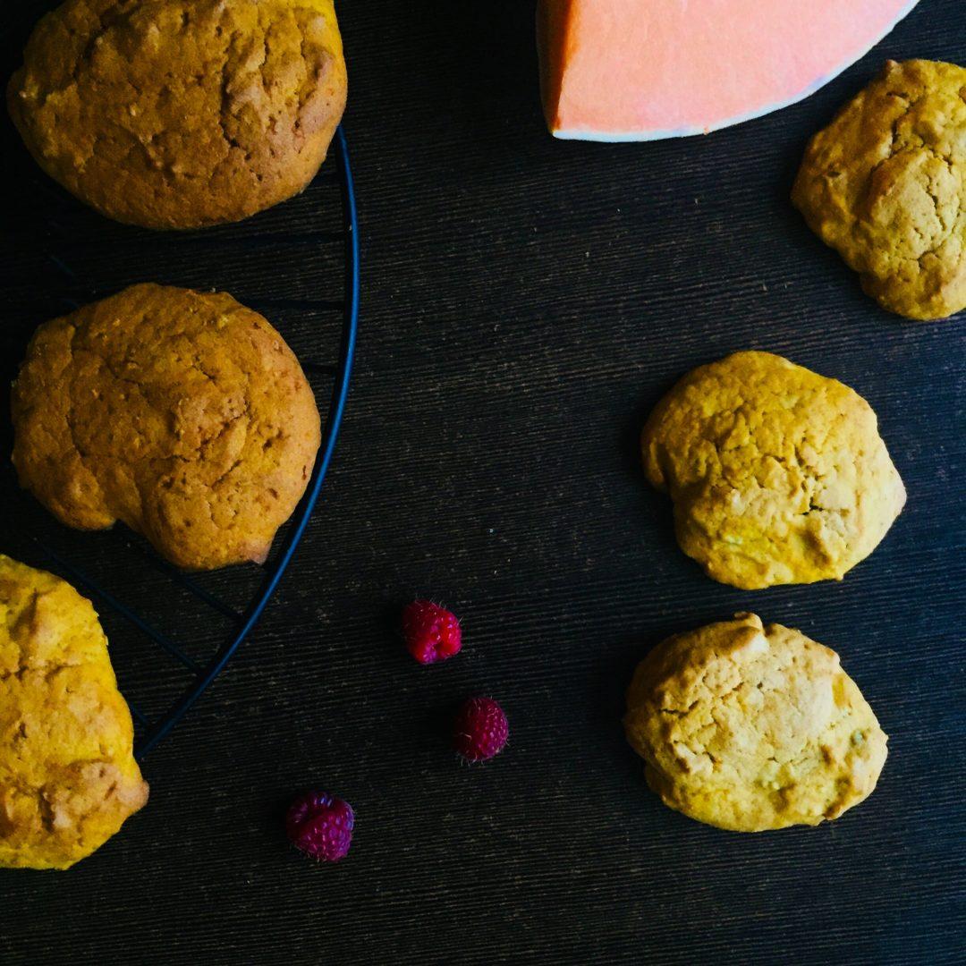 Korzenne ciasteczka dyniowe z orzechami włoskimi