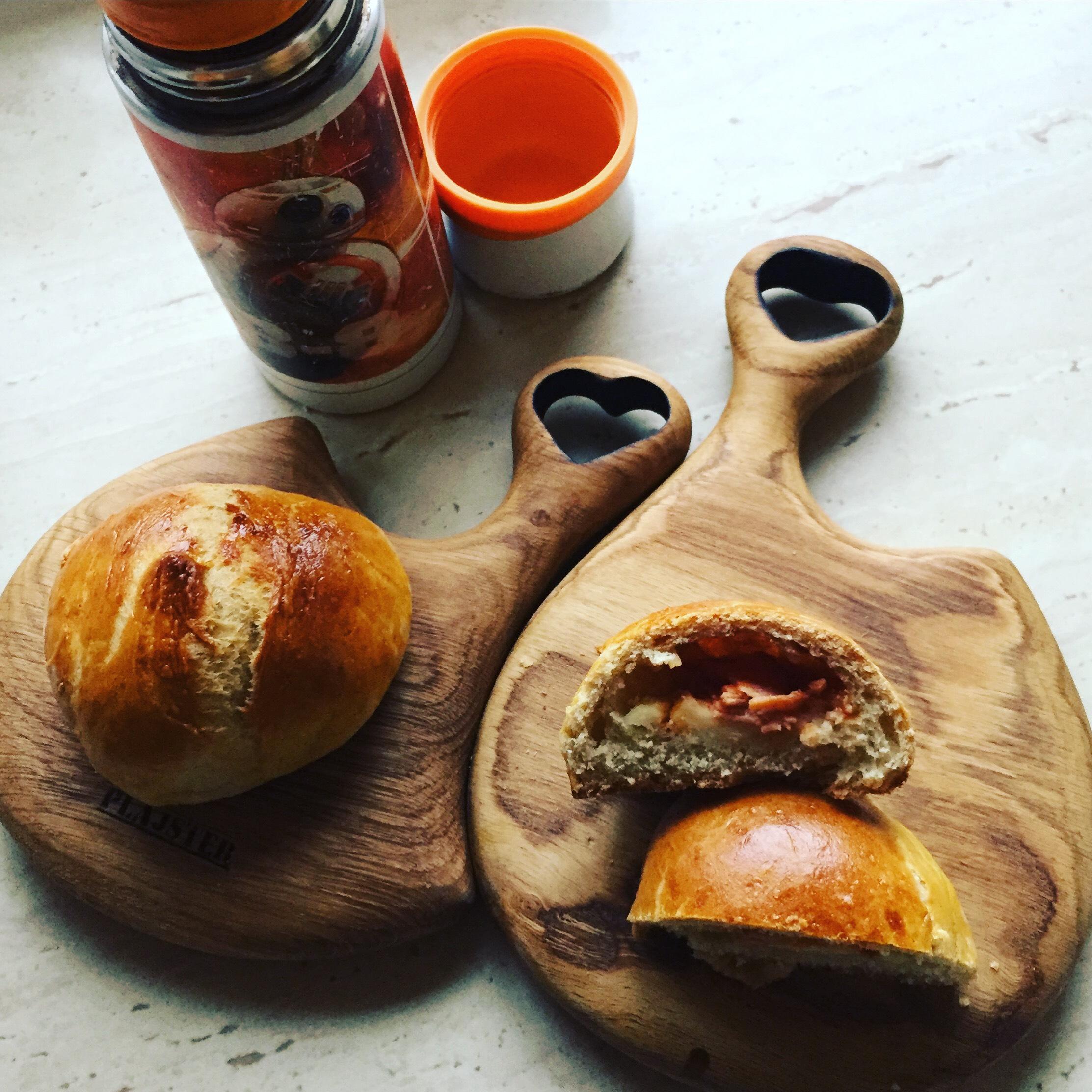 Bułki z szynką i serem - łobuza i spółki