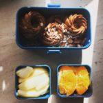 pomysły na lunchbox dla dzieci do szkoły muffinki marchewkowo-pomarańczowe