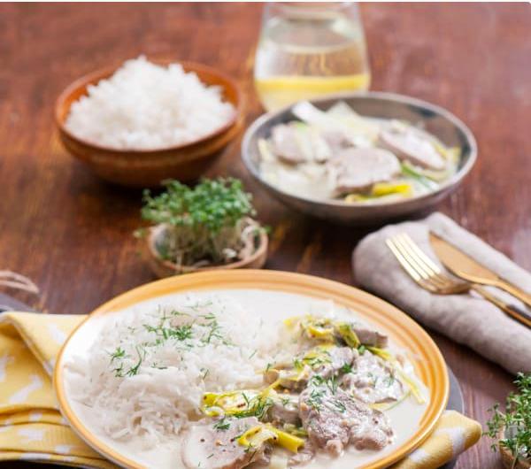 Polędwiczka wieprzowa w sosie porowym z ryżem basmati