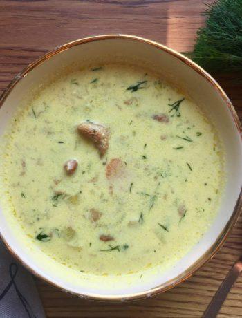 Zupa kurkowa z koperkiem i porem